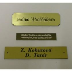 Menovky na dvere - tri rôzne vzory